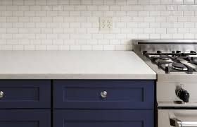 what color hardware for navy cabinets navy is the new black all the perks of navy cabinets