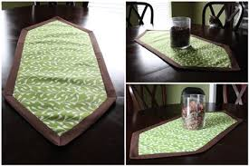 how to make a table runner with pointed ends pointed end table runner sewing projects burdastyle com
