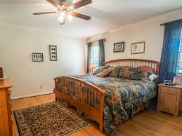 Bedroom Bed In Corner 4332 Hyer St Hpisd 60 Ft Corner Lot Move In Remodel Or Build