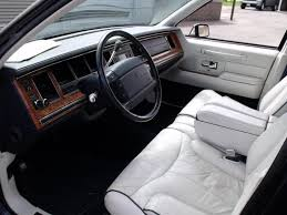 Old Lincoln Town Car 1993 Lincoln Town Car Information And Photos Zombiedrive