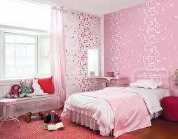 nice simple design of the girls room with closet that can be