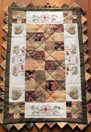 quilted table runner pattern stitching cow