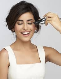 makeup that looks airbrushed is airbrush makeup for wedding the right choice everafterguide