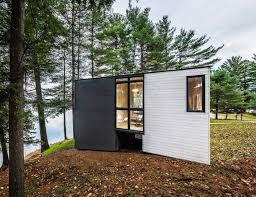 modern cottage design modern cottage rising on old heirloom cottage grounds freshome com