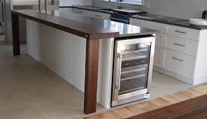 table comptoir cuisine comptoir cuisine bois diner tables collection avec table comptoir
