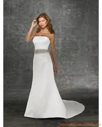 robe blanche mariage robe blanche bustier applique perles traine chapelle robe de mariée