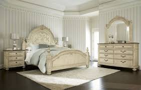 Bedroom Set With Media Chest Silverglade Mansion Bedroom Set Review Cavallino King With Storage