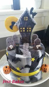 Halloween Cat Cake by Cat Jess Bakes