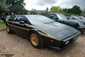 john player special livery the lotus esprit s2 limited edition u201cjohn player special u201d was made