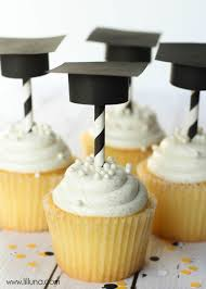 very cute diy graduation cap cupcake toppers back to
