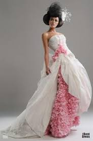 recycled wedding dresses 31 unconventional wedding gowns wedding dress bag and weddings