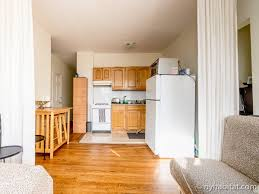 new york roommate room for rent in astoria queens 1 bedroom new york 1 bedroom roommate share apartment kitchen ny 14978 photo 1