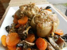 cuisiner paupiette de veau paupiettes de veau aux chignons et carottes c est pas d la tarte