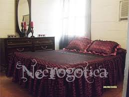 Gothic Victorian Bedding 29 Best Gothic Decor Home Images On Pinterest Gothic Vampires