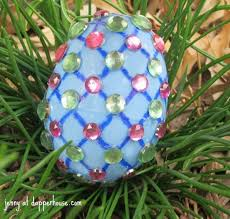 Decorating Easter Eggs Recipe by Creative Ideas For Decorating Easter Eggs And Giveaway