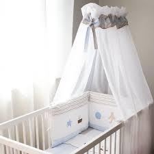 le pour chambre bébé ciel de lit bébé bambino baldaquin pour lit bébé jurassien