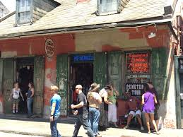 voodoo tours new orleans new orleans cemetery tour visit the city of the dead