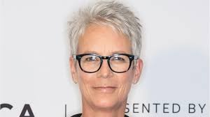 how to get the jamie lee curtis haircut jamie lee curtis reprises famous horror role in 2018 s halloween