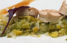 cuisiner une pintade suprême de pintade basse température au poivre sichuan et sel fumé