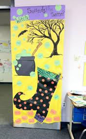 Classroom Halloween Door Decorations 334 Best Portas Decoradas Images On Pinterest Doors Bulletin