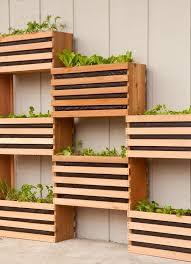 how to make a modern space saving vertical vegetable garden
