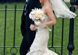 wedding dress version lyrics big s seungri was more dressed up than taeyang at his wedding