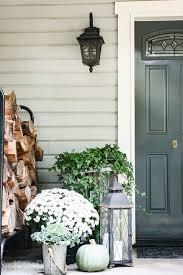 farmhouse porch decor ideas she holds dearly