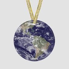earth ornament airportag