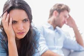 tanda kamu sudah tidak bahagia lagi dengan pasanganmu