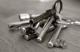 comment ouvrir une porte de chambre sans clé votre smartphone pour remplacer vos clés de chambre d hôtel