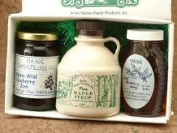 maine gift basket with maple syrup blueberry honey and jam