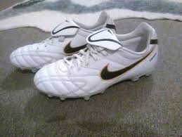 s nike football boots australia nike football boots s shoes gumtree australia yarra ranges