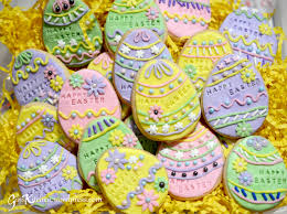 Easter Eggs Decorated With Fondant by Easter Fondant Cookies Ginskitchen