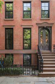 Townhouse Or House by Best 20 Townhouse Exterior Ideas On Pinterest Townhouse