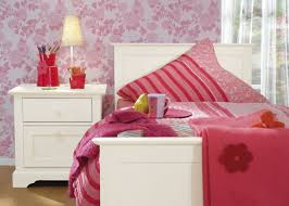 Girls Pink Bedroom Wallpaper by Bedroom Lovely Pink Wallpaper For White Children Bedroom Pink
