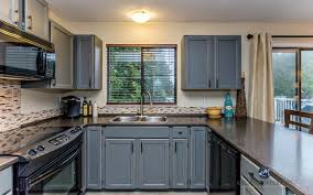 formica kitchen cabinets oak kitchen cabinets updated with benjamin moore chelsea gray