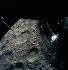 Moon Flag From Earth Apollo 13 Wikipedia