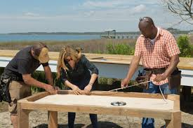 Kitchen Crashers Alison Victoria by How To Build A Reclaimed Wood Dining Table How Tos Diy