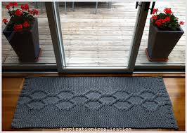 Diy Runner Rug Inspiration And Realisation Diy Fashion Diy Knitted Rug