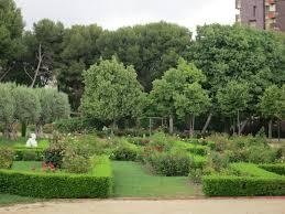 itchy feet adventures barcelona u2013 the cervantes rose garden