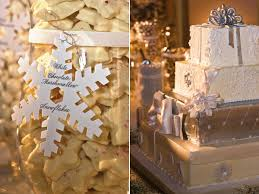Christmas Wedding Decor - winter wedding decor ideas bridalguide