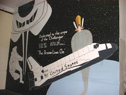 space shuttle challenger mural at my high school kurt s blog 01 overallmural jpg