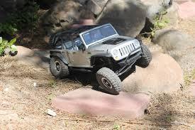 backyards jeep wrangler unlimited sahara the axial scx10 rubicon u2013 solid axle rc fun u2013 geekometry