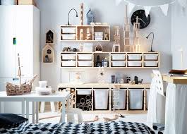 deco chambre bebe fille ikea idée rangement chambre enfant avec meubles ikea