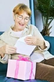 best gifts for senior women 5 best gifts for elderly women gift ideas gift