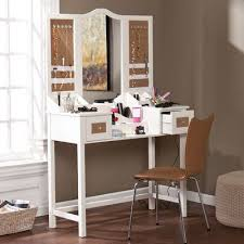 Bedroom Vanities With Mirrors by Best 25 Vanity Desk With Mirror Ideas On Pinterest Makeup Desk