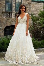 best wedding dress for pear shaped dressing for your type choosing wedding gown for your shape