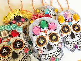 dia de los muertos decorations dia de los muertos ornaments made from dollar store paper plates