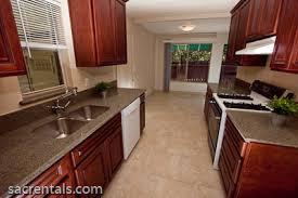 Kitchen Floors With Cherry Cabinets 10653 Charbono Way Rancho Cordova Sacrentals Com 916 454 6000