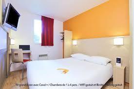 hotel lyon chambre familiale hôtel premiere classe lyon sud bénite premiere classe
